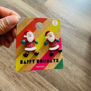5/$25 NWT Holiday Santa Earrings